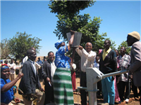 Water-shallow well handing over ceremony